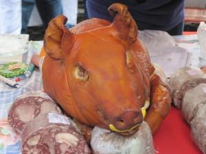Pig's head decoration roast in Prague